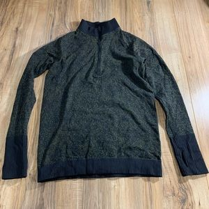 Lululemon half zip pull over LS